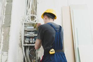 Elektromecanicien Deel 1-2 : elektrische onderdelen en componenten industriële installaties  (semestercursus) |  Dinsdagavond van 18u30 tot 22u10