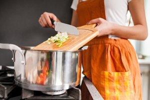 KOKEN : Aangepast koken | Donderdagavond  18u30 tot 22u10 (van 30/01 tot 18/06/2020)  € 120 +€ 30 cursuskost | Locatie Maasmechelen