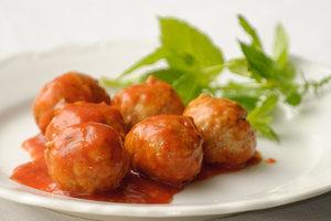 KEUKEN  - De creatieve keuken    Donderdagavond 18u30 tot 22u10   € 120 +€ 160 ingrediënten   Locatie Maasmechelen