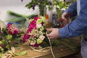 Florist : basistechnieken 1 | Woensdagnamiddag 13u30 tot 17u10 (1x/maand van 08/09/20 tot 30/06/22) | Locatie Maasmechelen