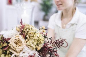 Florist : alle gelegenheden  | Maandagavond 18u30 tot 22u10 (1x/14dagen van 07/09/20 tot 07/06/21) | Locatie Maasmechelen