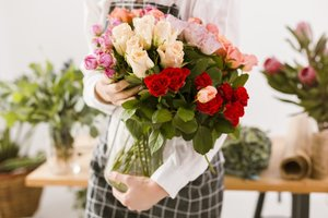 Florist: commercieel bloem- en plantwerk | Donderdagnamiddag 13u30 tot 17u10 (1x/14dagen van 03/09/20 tot 17/06/21) | Locatie Maasmechelen                                          )