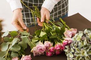 Florist Jaar 2 : basistechnieken 2 | Dinsdagavond 18u30 tot 22u10 ( 1x/14dagen van 07/09/2021 tot 21/06/2022) | Locatie Maasmechelen
